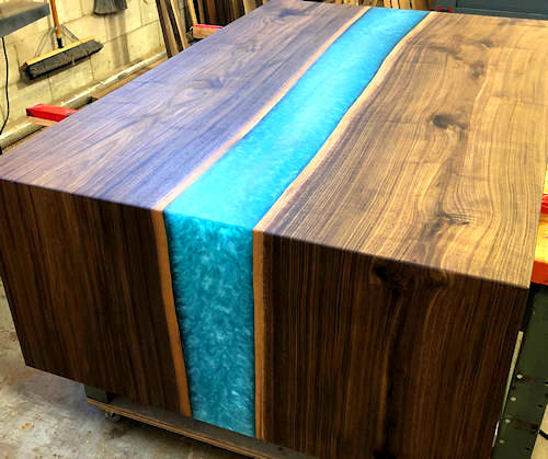 how to make a river table with epoxy resin stardustcolors paints. Black Bedroom Furniture Sets. Home Design Ideas