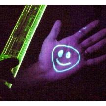 Les peintures fluorescentes UV
