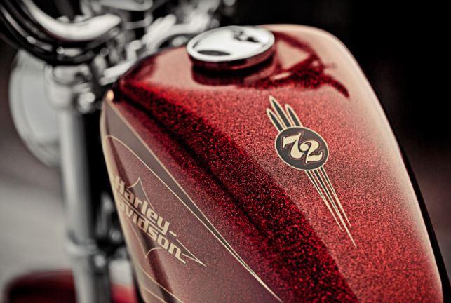 réservoir Harley avec paillettes et candy