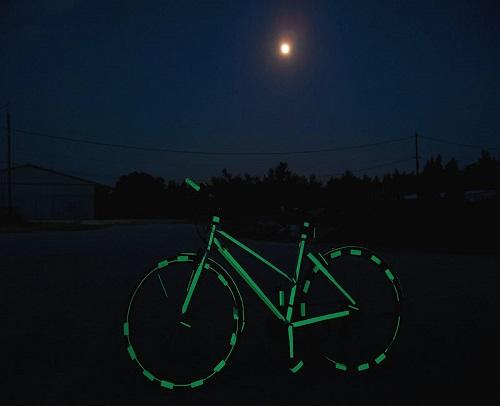 Comment appliquer une peinture phosphorescente sur un vélo ?